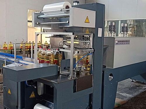 xsq-5000型全自动热收缩膜包装机